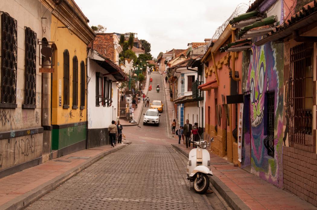 Imagen de referencia de Crónicas por Bogotá