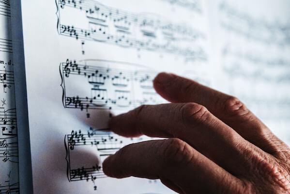 Imagen de referencia Partituras de música clásica y blues